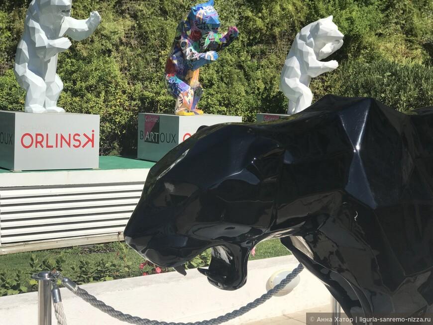 Скульптуры Ричарда Орлински в Каннах.