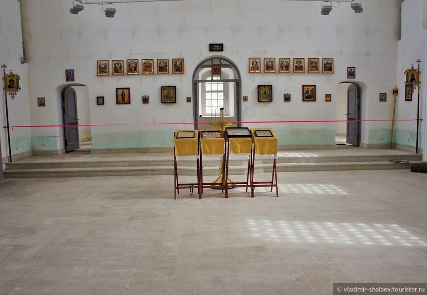 В советские времена здесь размещалась спортивная школа.