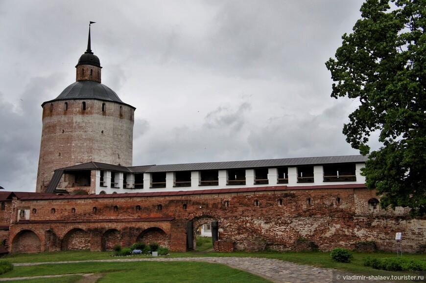 Белозерская (Озерная) башня (1660-е гг.)