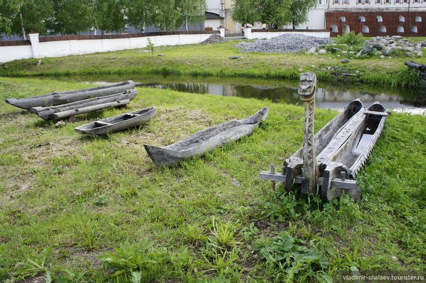 Белозерье всегда славилось мастерами-лодочниками. А как же иначе? Здесь столько озёр!