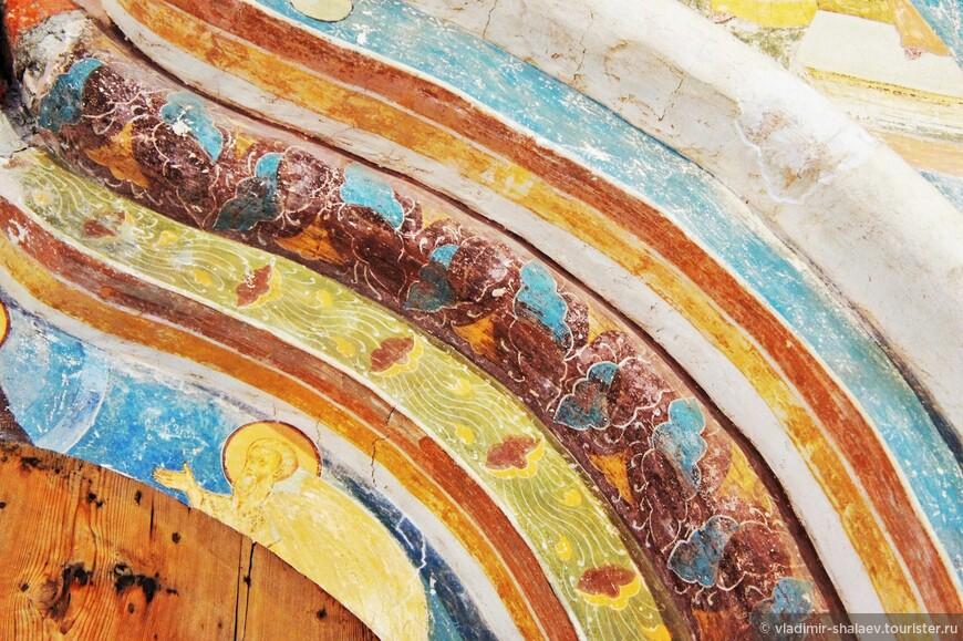 В изображениях преобладают белые, небесно-голубые, желтые, розовые, вишневые и светло-зеленые тона.