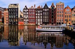 В Амстердаме запретили открывать новые магазины для туристов