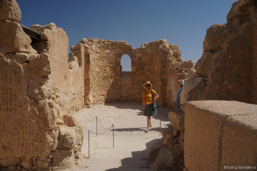 Остатки монастыря  византийского периода на территории крепости Масада.