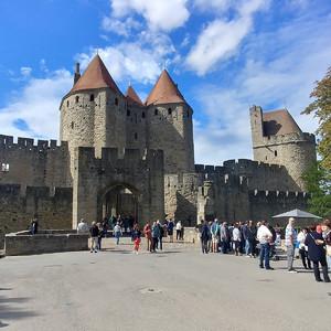 Крепость Каркассон  внесена в список  всемирного наследия ЮНЕСКО.
