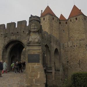 Нарбоннские ворота  13 века.