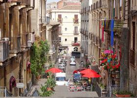 Сицилия. Катания. Черная дочь Этны…