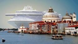 Круизным лайнерам запретят заходить в Венецианскую лагуну