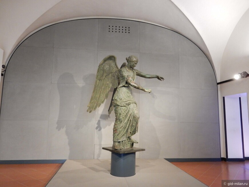 Крылатая Победа - гордость местного музея