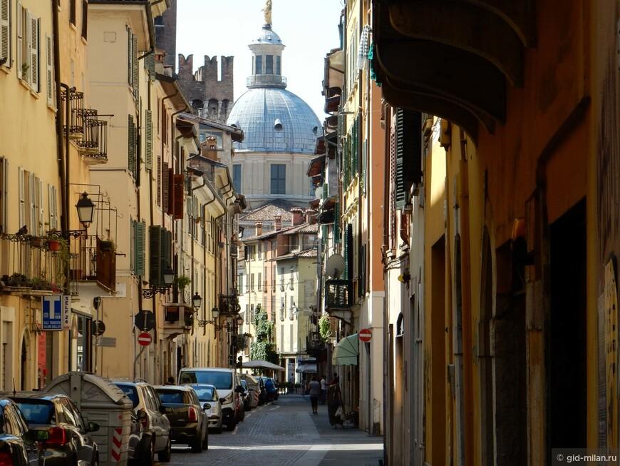 Купол собора Бреши - один из самых больших в Италии.