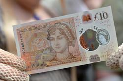 В Великобритании с 1 марта изымут из обращения старые купюры в 10 фунтов