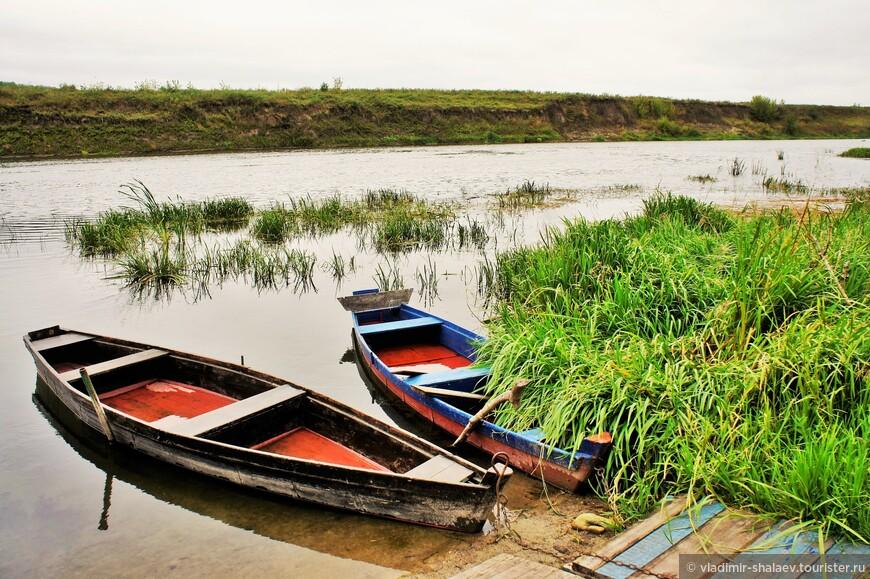 Лодки рыбаков.