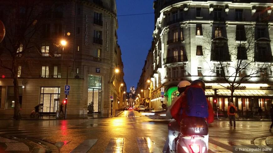 одни из ночных перекрестков в Париже, бульвар Оссман