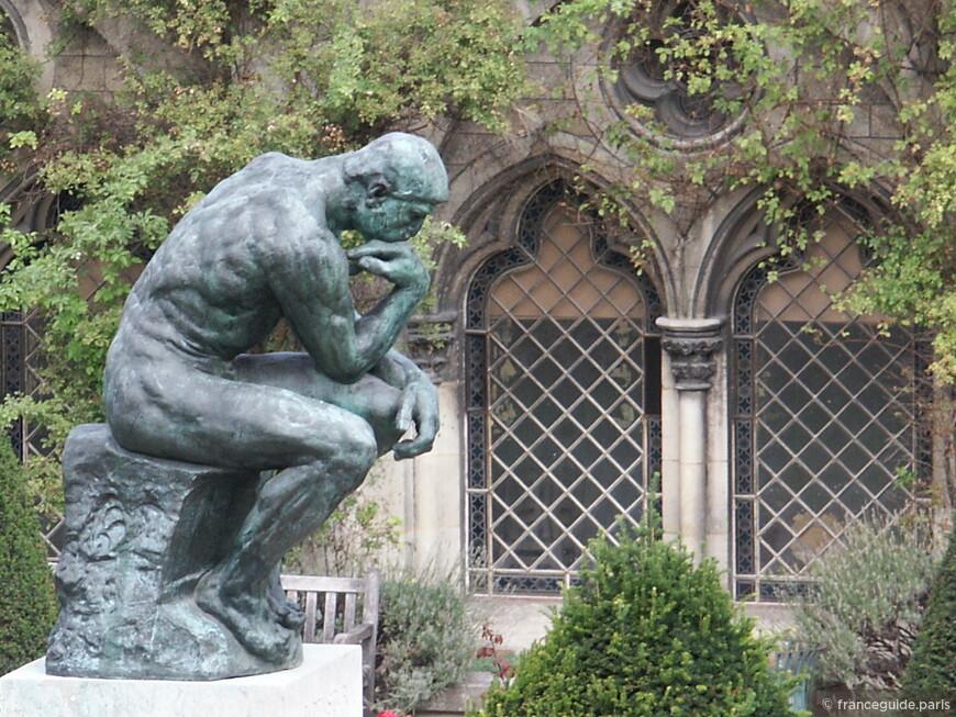 фотография сделана из окна дома-музея скульптора Роден