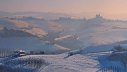 Снегопады и ливни обрушились на Италию и Испанию