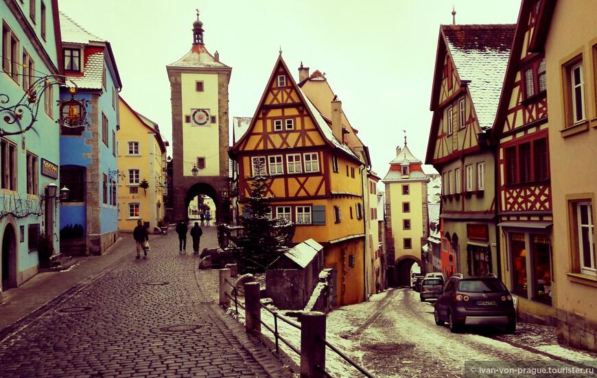 Это место является визитной карточной Ротенбурга. Задайте в поиске название города, и увидите сами, какие фотографии найдутся