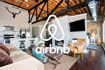 В Амстердаме ужесточают правила сдачи жилья в аренду через Airbnb