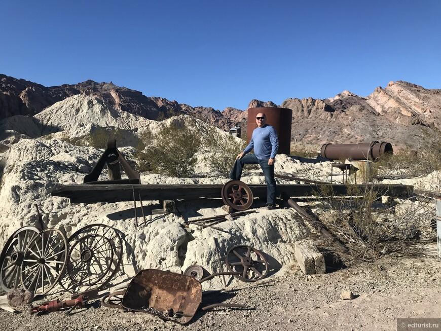 Каньон Эльдорадо (El Dorado Canyon, Nevada) — это легендарный каньон в Южной части штата Невада и знаменитый богатыми рудниками золота, серебра и меди