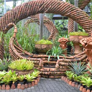 Тропический сад мадам Нонг Нуч