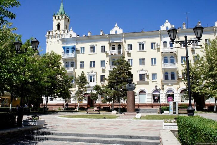 Сквер Пушкина, Астрахань © Владимир Шалаев