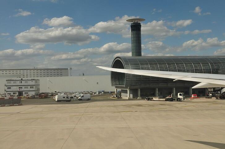 Аэропорт Шарль-де-Голль, Париж. Фото: © Ralf Roletschek (лиц. GFDL 1.2)