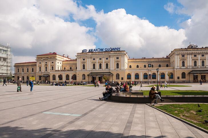 Ж/д вокзал Кракова. Фото: © Mkos