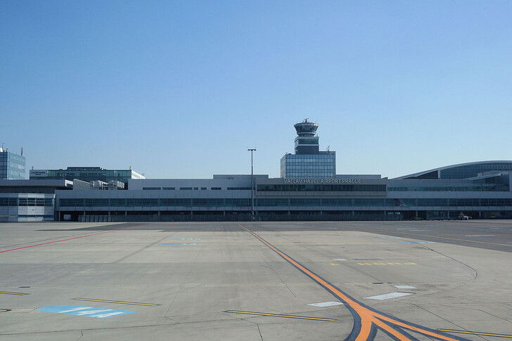 Аэропорт Праги © Jklamo