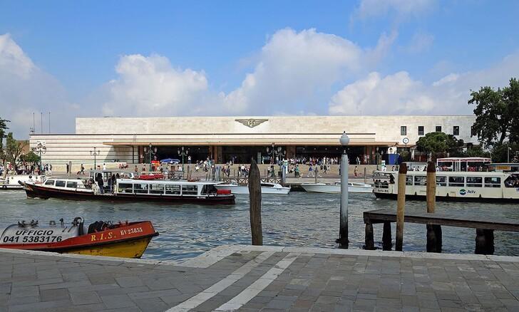 Вокзал в Венеции © MJJR