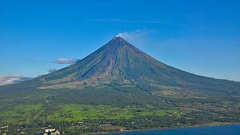 Извержение вулкана на Филиппинах вызвало землетрясения