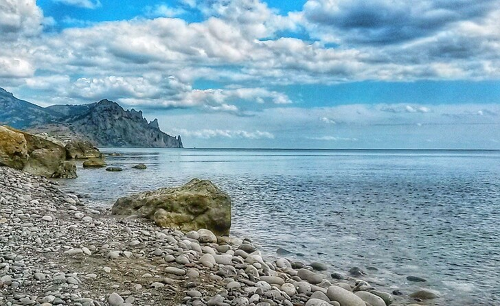 Пляж Лисьей бухты, Крым © Алексей Бучанов