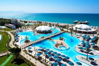 Доходы турецких отелей упали, несмотря на рекордный рост загрузки