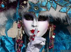 На карнавале в Венеции вводят ограничения на число туристов