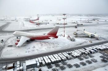 В Москве было задержано и отменено около 80 рейсов из-за снегопада