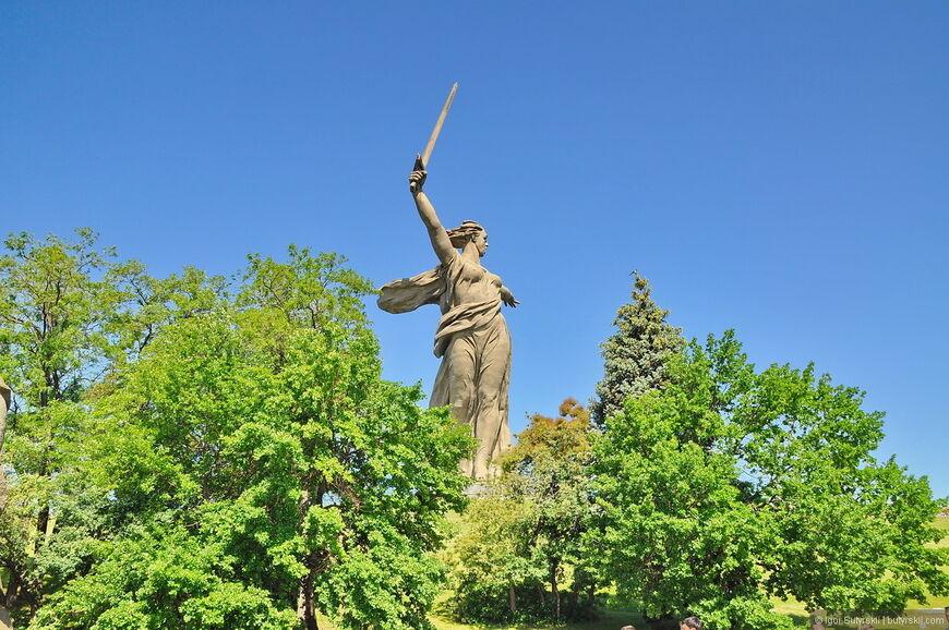 картинка памятники родина мать павловск воронежская область москве открыли торговые