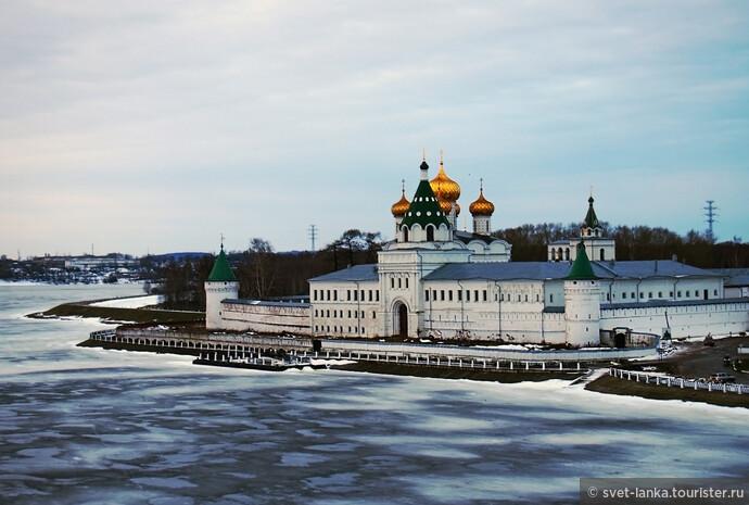 Добрые сказки зимней Костромы