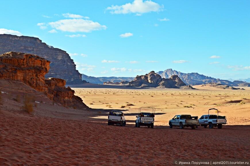 """Лоуренс Аравийский много говорил и писал о красоте пустыни Вади-Рам. Вот одно из описаний - """"богоподобный гортанный простор""""..."""