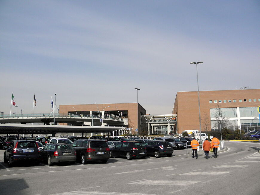 Как добраться до аэропорта Марко Поло из Венеции?