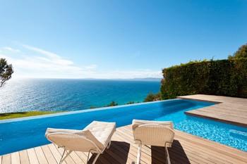 Власти Балеарских островов оштрафовали сервис Airbnb на 300 тысяч евро