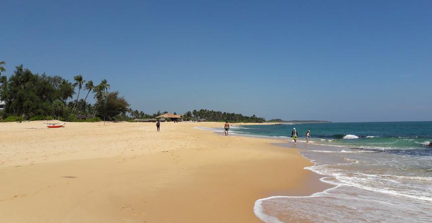 Пляж Бентота (Bentota Beach)