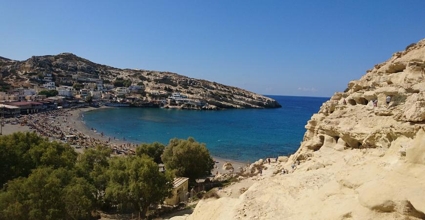 Пляж «Матала» или «Пляж хиппи» на Крите (Matala Beach)
