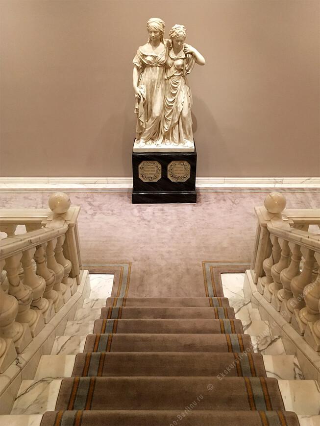 Адлон. Самый знаменитый отель Берлина