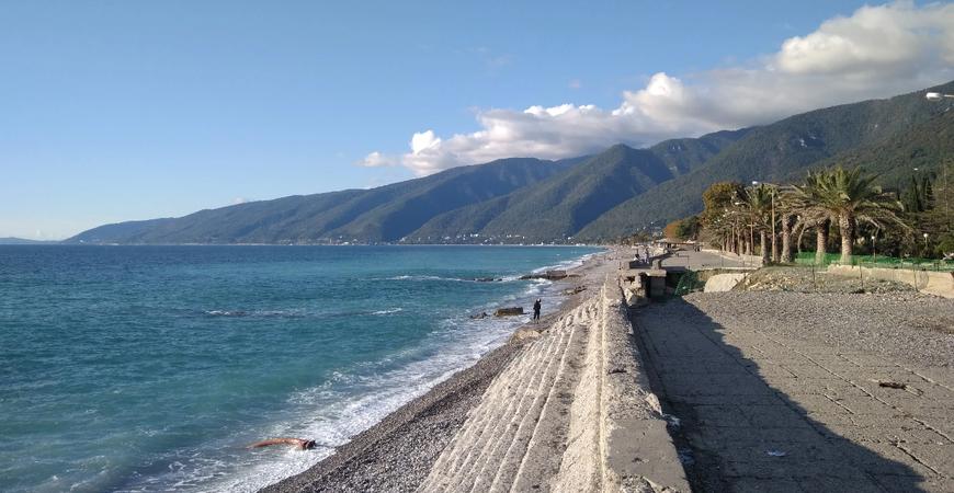 Пляж пансионата «Энергетик» в Новой Гагре