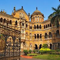 Внутренний двор старейшего в Индии вокзала Виктория
