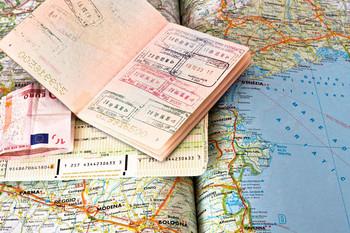 Шенгенская виза для граждан РФ не подорожает