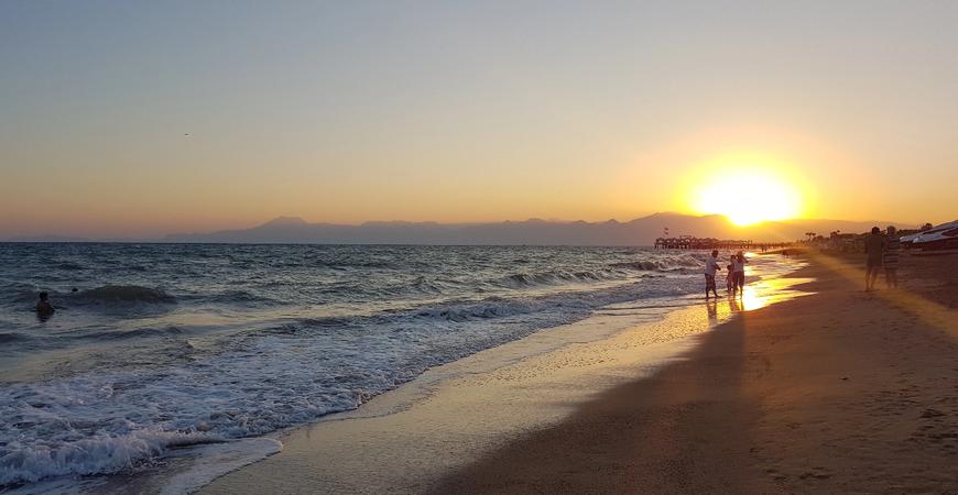 Пляж Кадрие (Kadriye Halk Plaji)