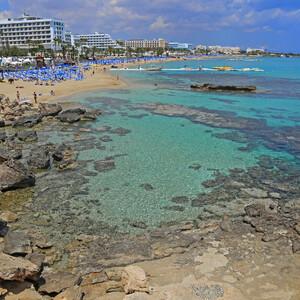 Кипр. У самого синего моря...