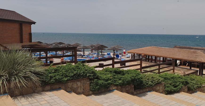 Пляж «Золотая бухта» в Анапе
