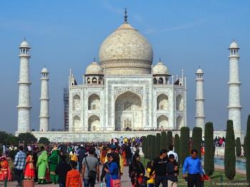 В Индии посещение дворца Тадж-Махал ограничат для туристов