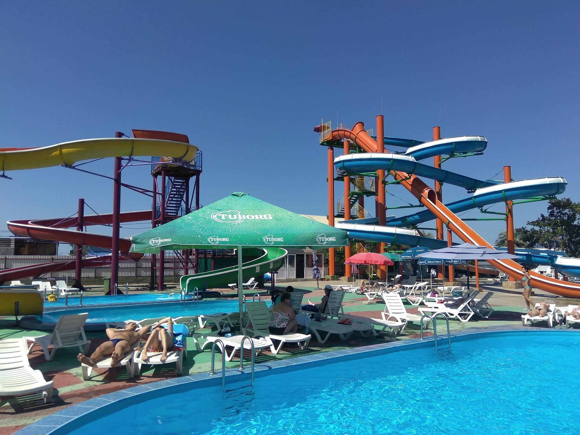 Фото где в абхазии самый большой аквапарк