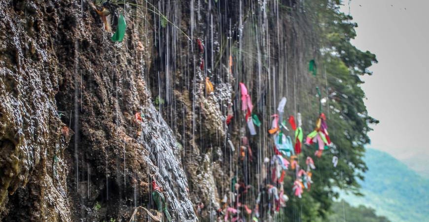 Водопад Девичьи слезы в Абхазии