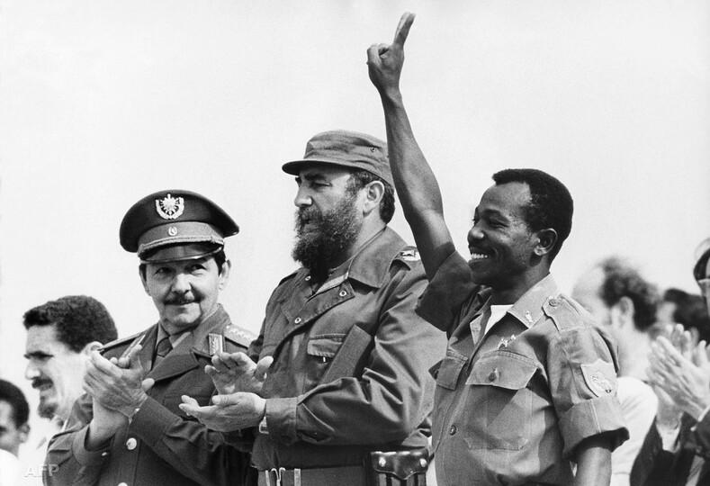 Рауль Кастро, Фидель Кастро и Председатель Временного военно-административного совета Эфиопии Менгисту Хайле Мариам Фото: dic.academic.ru